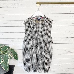 Anthropologie Maeve Gingham Sleeveless Buttondown